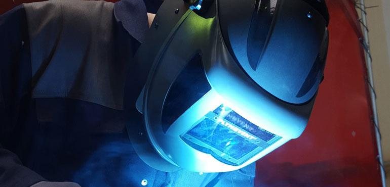 PersonalPro is the new product line of Plymovent with helmets (incl. PAPR-unit) to protect against welding and cutting fumes.